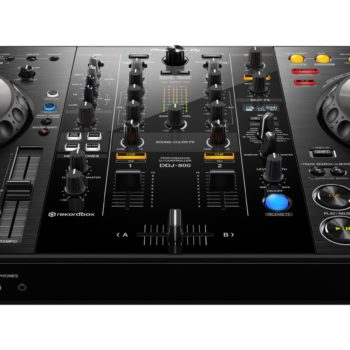 Pioneer DDJ-800  DJ controller for rekordbox dj